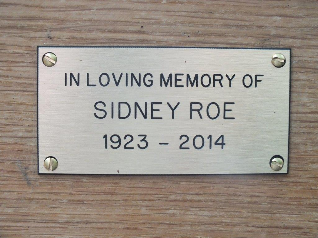 Roe Memorial Gates Plaque