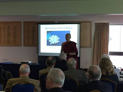 Emma Slade, talking to our members about the charity.